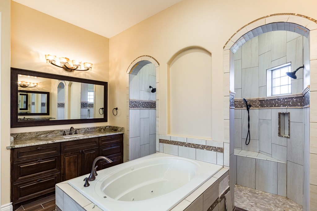 coastal bend, coastal bend new homes, corpus christi, real estate, realtor, distinguished women in construction, dwc, dwic, jackie homes llc, jackie azalli